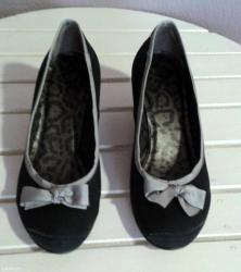 - cipele modernog dizajna- za svaki dan, a i za svečane prilike- in Vranje