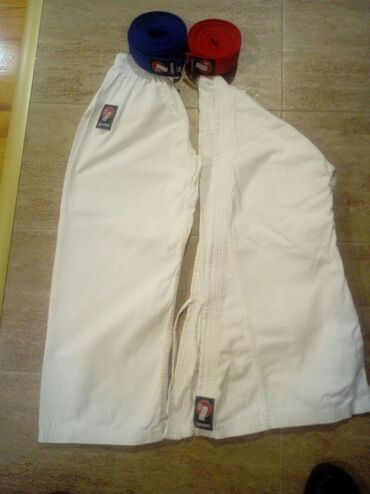Sport i hobi - Sevojno: Kimono Ipon vel 150.Pojas crveni I plavi Ipon vel 260.Ćerka nosila par