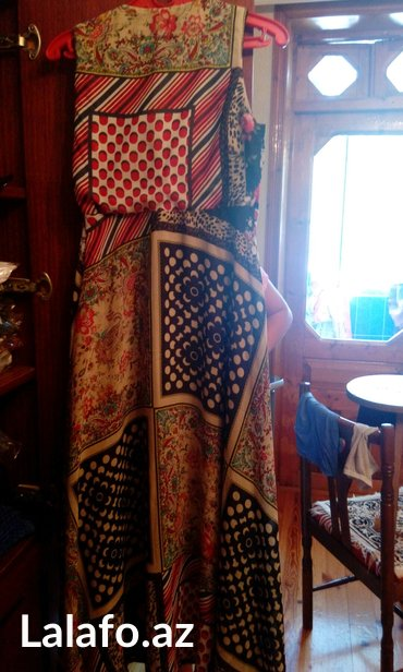 Sumqayıt şəhərində 36-38 olcude ziyafet paltari
