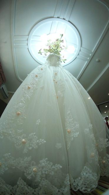 Платье надевала один раз! Покупали в Корее, со шлейфом цвет айвори. Пр