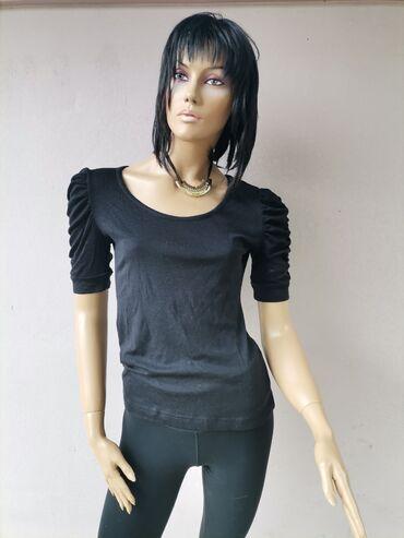 Crna bluzica bez ikakvih ostecenja kao nova Velicina S Pogledajte i os
