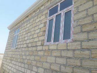 Ağdam şəhərində Satış Evlər mülkiyyətçidən: 3 otaqlı