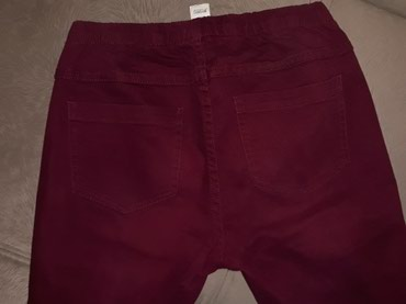 Bordo pantalone pieces.. nosene ali ocuvane..lepo stoje..br.38 - Novi Pazar