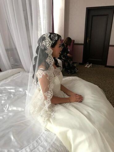 Свадебные платья и аксессуары - Кыргызстан: Продаю свадебное платье Индивидуальный пошив Размер XS;S ;MПлатье
