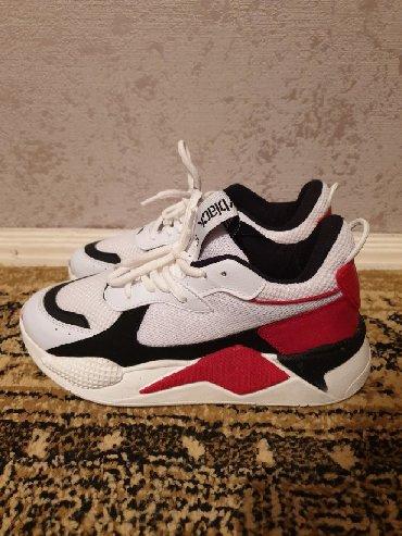 Продаю новые кроссовки фирмы Tonny Black. Производство Турция