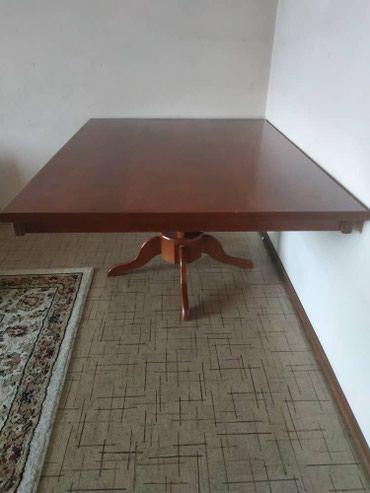 стол с двумя стульями в Кыргызстан: Продаем стол 1.15 на 1.456 стульев. стол 18000 сомстул 2000 кажд