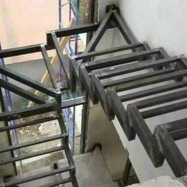 Металлический каркас лестницы в домПредлагаем различные варианты