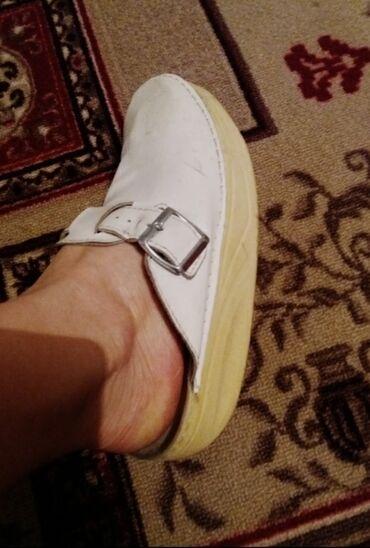 Медицинская обувь 38 размера,состояние - нового!Цена-500 сом!