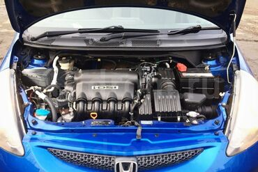 Мотор на Honda Fit, мотор на разбор хонда фит 1.3. Есть все навесное