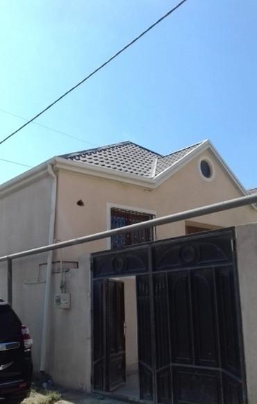 Bakı şəhərində Bineqedi Qesebesinde Tam Temirli 2 otaqlı həyət evi satılır. Evin
