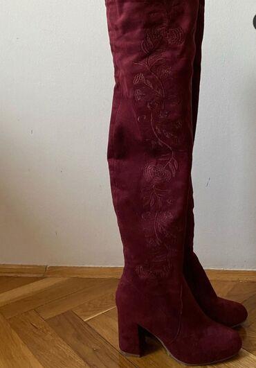 Preko grudi - Srbija: Cizme iznad kolena, u bordo boji, broj 38. Nošene 2 puta, jako dobro