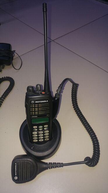 motorola droid razr в Кыргызстан: Транкинговая радиостанция Motorola GP 680 в отличном состоянии