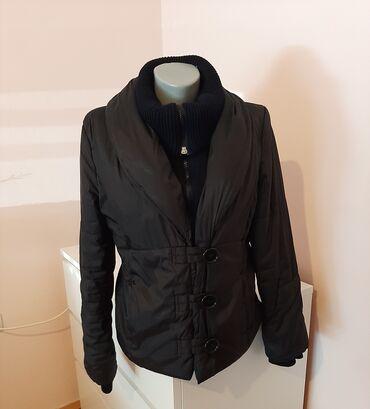 Personalni proizvodi - Pozarevac: Zara jakna je u super stanju, boja crna, velicina je M. Duzina