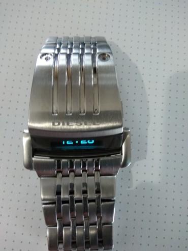 Мужские Серебряные Фэшн Наручные часы Дизель в Бишкек