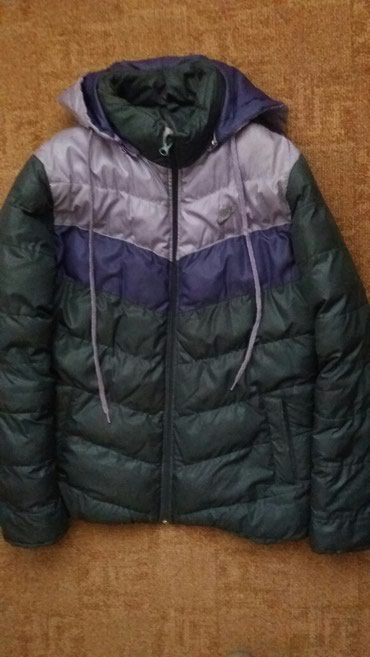 Nike zenska zimska jakna sa kapuljacom. Bez ostecenja! - Kraljevo