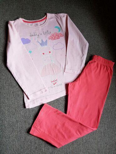 Пижамка от Mothercare, б.у. в отличном состоянии. Размер 6-7 лет, цена