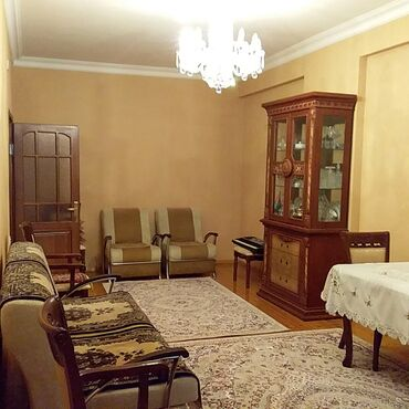 резина на авто в Азербайджан: Продается квартира: 3 комнаты, 132 кв. м