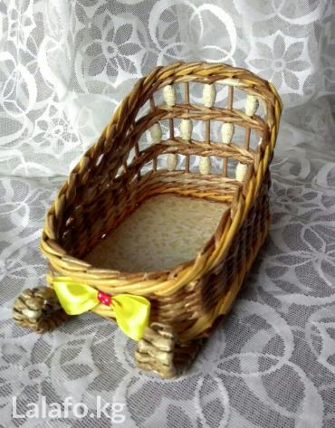 елочка в Кыргызстан: Новогодние Сани Деда Мороза.Для сладких подарков! Украсят и новогодний