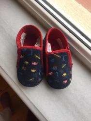 detskaya obuv polubotinki в Азербайджан: Obuv dla doma.Razmer 23