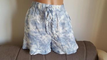 Ženske kratke hlače | Arandjelovac: C&A nov letnji sorts, vel 42. bez etikete