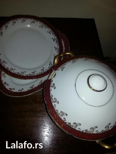 Prodaje se servis sa pozlatom velika cinija za corbe i 2velika tanjira - Crvenka