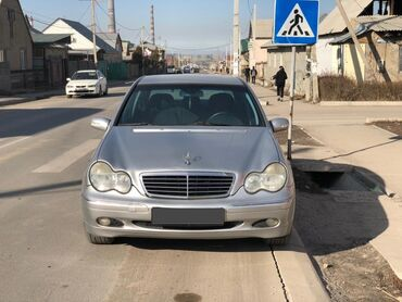 Mercedes-Benz C-Class 2.6 л. 2000