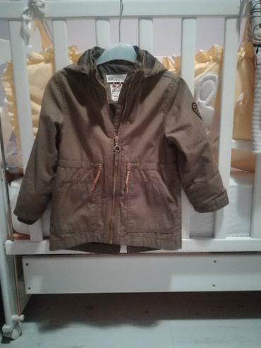 Decija zenska jaknica H&M br. 98 - Crvenka