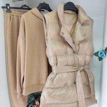 Личные вещи - Нарын: Продается новая тройка размер 42, 44 есть и в белом цвете