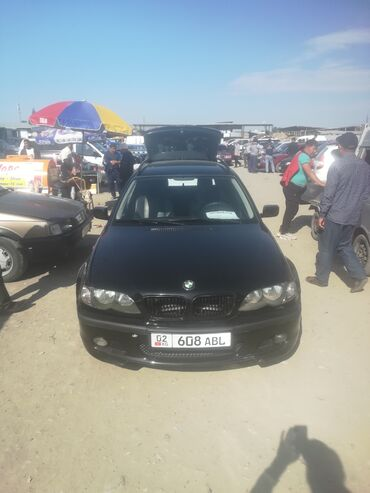 BMW 318 2 л. 2003   385000 км
