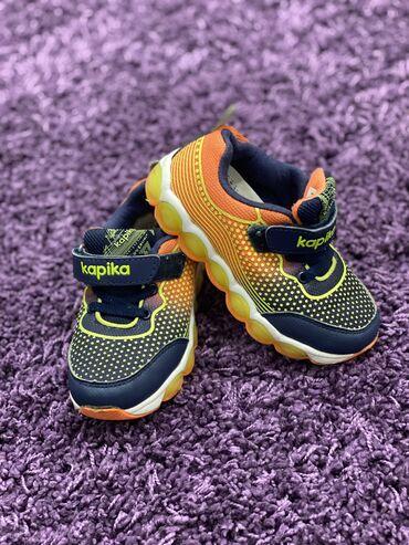 Детская обувь, в отличном качестве, в отличном состоянии, размеры 26
