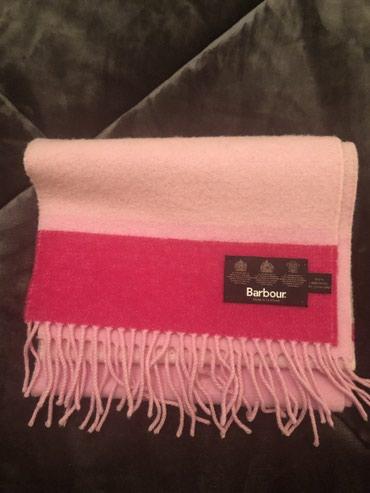 Αυθεντικο Barbour κασκολ σε ροζ χρωμα ! Μονο 40€ !!! 100% μαλλί