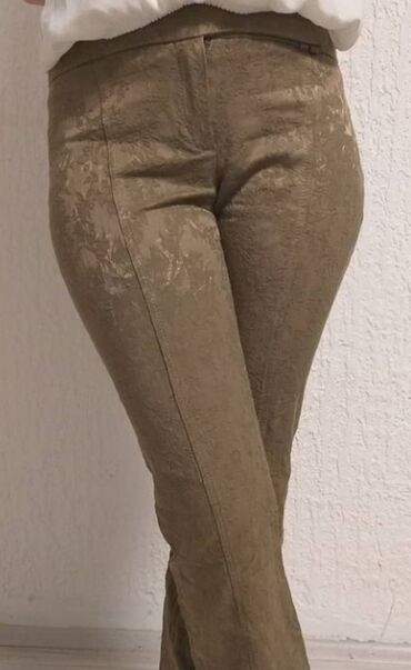Pantalone vekivina - Srbija: Prelepe pantalone dole se blago sire Materijal: 56% pamuk,42%