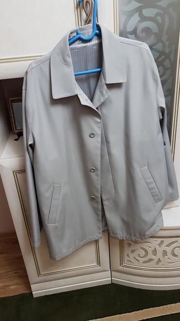 мужской плащ в Кыргызстан: Мужской плащ в отличном состоянии. одевали 2 раза