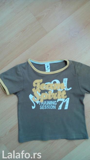 Dečiji Topići I Majice   Sabac: Majica veličina 116. Cena je 300 dinara