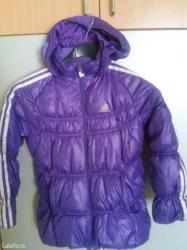 Adidas topla i udobna zimska jakna,vrlo malo nosena br. 8 mera 128 - Uzice
