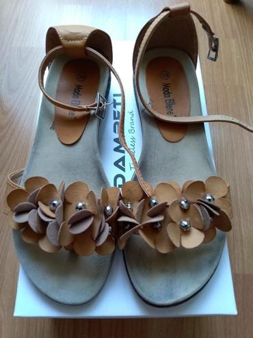 Ženska obuća | Prijepolje: Prelepe sandale. Obuvene bukvalno 2 puta. Kso nove sto se i vidi na