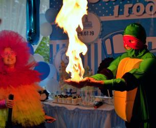 создание слайд шоу в Кыргызстан: Шоу мыльных пузырей Бишкек! Клоуны, мультгерои, сладкая вата