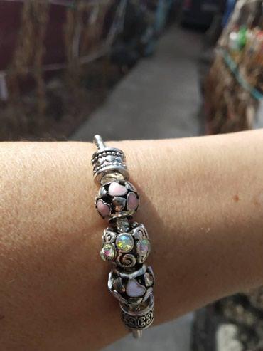 Браслеты - Кыргызстан: Продаю браслеты бижутерия хорошего качества
