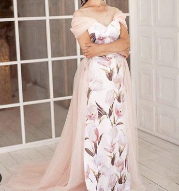 Продается атласное платье со шлейфом, в Бишкек