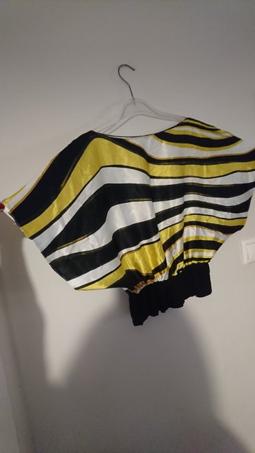 One size μπλουζακι σε Σαλαμίνα
