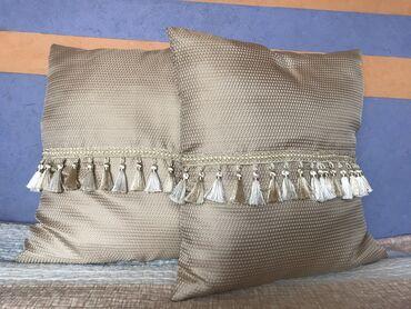 Декоративные подушки для дома   Подушки в настоящее время являются нео