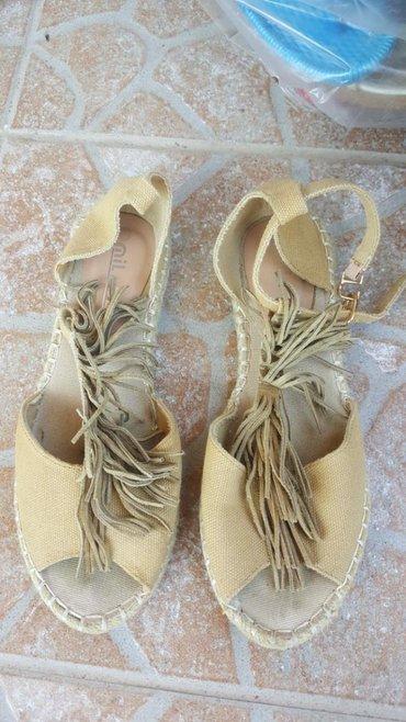 Ženske Sandale i Japanke 37