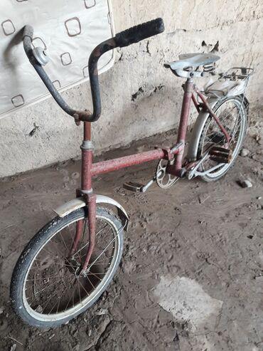 Спорт и хобби - Джал мкр (в т.ч. Верхний, Нижний, Средний): Продается велосипед Кама ссср состояние хорошее всё работает обмен инт