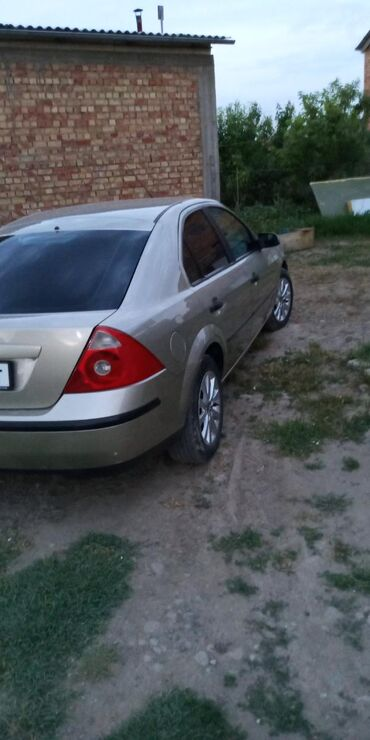 Ford Mondeo 2 л. 2004
