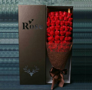 Искусственные розы в коробке 51шт. с в Бишкек