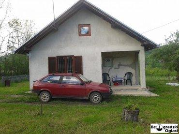 Prodajem novu, uknjiženu kuću 100m2, uvučena sa puta u blizini - Kragujevac