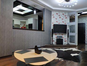 Посуточная аренда квартир в Кыргызстан: Апартамент находится в уютном районе. Под домом находятся кафе и