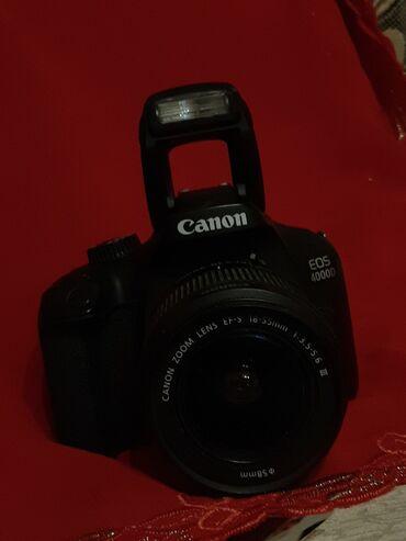 Canon eos 4000d 18-55mm qutusu zaryatqasi herşeyi ustunde verilir  tez
