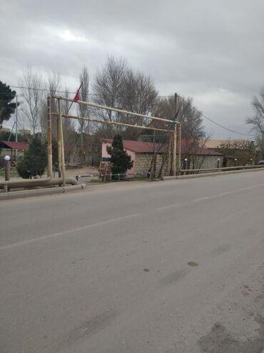Mini kansaner - Azərbaycan: Mehdiabada obyekt satılır yolun qraqı aftobusdari duz obyektin yanınd