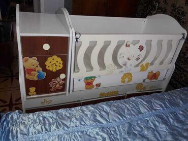 Детская кроватка + стол для пеленания + шкаф